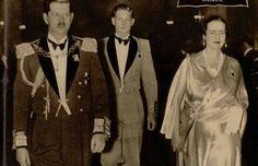 Regele Carol al II-lea, Mihai și Regina mamă Elena
