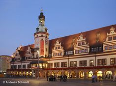 Here you can see the Old City Hall at the Market Square. It was built in 1556 an used as City Hall until 1905. It's one of the most important Renaissance houses in Germany. © Andreas Schmidt
