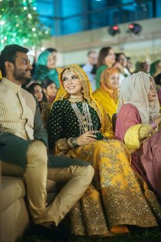 not to forget that beautiful yellow-green lehenga ❤️❤️ Bridal Hijab Styles, Bridal Mehndi Dresses, Pakistani Wedding Outfits, Eid Dresses, Bridal Dress Design, Pakistani Bridal Dresses, Indian Bridal Wear, Wedding Dresses For Girls, Pakistani Dress Design