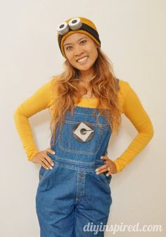 Last Minute DIY Adult Minion Costume - DIY InspiredYou can find Minion costumes and more on our website.Last Minute DIY Adult Minion Costume - DIY Inspired Costume Minions, Adult Minion Costume, Best Diy Halloween Costumes, Easy Halloween Costumes, Halloween Kostüm, Cool Costumes, Adult Costumes, Costume Ideas, Halloween Minions