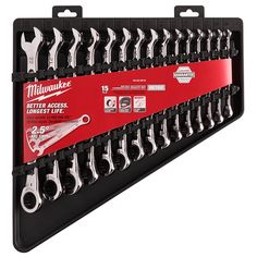 The MILWAUKEE® metric 28 pc. ratchet and socket set contains a ratchet with arc swing, wrench-ready sockets with stamped sizes and case.