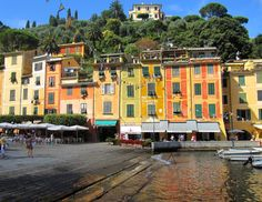 PORTOFINO:  Harbourfront http://destinationfiction.blogspot.ca/2015/03/resort-towns-of-italian-riviera.html
