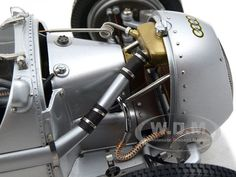 1936-1937 Auto Union Type C Silver Diecast Car Model 1/18 Die Cast Car by CMC