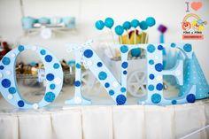 litere-volumetrice-albastre Polka Dots, Candy, Bar, Sweets, Polka Dot, Candy Bars, Dots, Chocolates