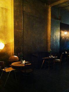 Cafe Luzia   Oranienstrasse 34 Berlin