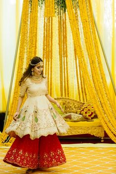 A Royal Amritsar Wedding With The Bride In A Uniquely Stunning Lehenga - Mehndi Outfits - Wedding Dresses For Girls, Indian Wedding Outfits, Bridal Outfits, Girls Dresses, Indian Outfits, Western Outfits, Amritsar, Mehndi Outfit, Mehndi Dress For Bride