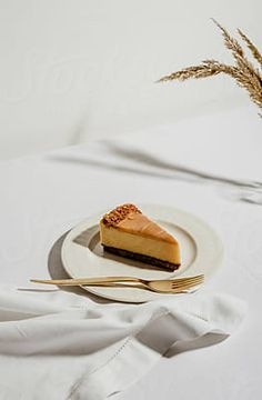 Caramel Cheesecake | Stocksy United Fun Baking Recipes, Snack Recipes, Food Photography Tips, Minimal Photography, Caramel Cheesecake, Starbucks Recipes, Aesthetic Food, Food Cravings, Diy Food