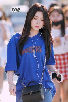 Seulgi, Red Velvet アイリーン, Red Velvet Irene, Korean Girl Fashion, Kpop Fashion, Fashion Outfits, Kpop Outfits, Casual Outfits, Red Velet