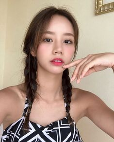 Find images and videos about girl's day, hyeri and lee hyeri on We Heart It - the app to get lost in what you love. Girl's Day Hyeri, Lee Hyeri, Korean Beauty, Asian Beauty, Korean Aesthetic, Asian Celebrities, Korean Actresses, Girl Day, Korean Women