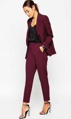 Discover women's skinny pants with ASOS. Shop our collection, from high waisted skinny and formal tailored pants to casual slim fit styles. Business Casual Outfits, Business Attire, Office Outfits, Classy Outfits, Corporate Attire Chic, Business Suits For Women, Office Attire, Stylish Outfits, Business Mode