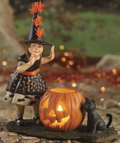 Halloween Pumpkin Surprise by Bethany Lowe Vintage Halloween Collection