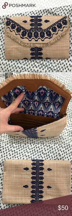 City Slim Clutch Only used once. Excellent condition. Great storage inside. Stella & Dot Bags Clutches & Wristlets