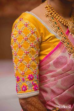 35 Stunning Latest Maggam Work Blouse Designs 2020 Work on the latest mill designs blouses stunning silk saris kanjivaram 2020 Fur Bridal, Wedding blauss, silk saree blouse designs 2020 Wedding Saree Blouse Designs, Pattu Saree Blouse Designs, Simple Blouse Designs, Stylish Blouse Design, Fancy Blouse Designs, Blouse Neck Designs, Wedding Blouses, Wedding Sarees, Blouse Designs Embroidery