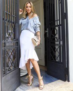 Meu look para hoje! Amo usar a saia romântica com a camisa oversized! A saia é @tandenatelier marca bacananérrima! #amigosecretofhits @fhits