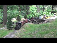 G-Scale Garden Railroad open house day (+playlist) N Scale Model Trains, Model Train Layouts, Lionel Trains Layout, Garden Railings, Garden Railroad, Train Pictures, Love Garden, Garden Bridge, Garden Train