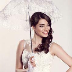 Wedding Parasol, Wedding Lace, Lace Weddings, Wedding Dresses, Fingerless Gloves, Different Colors, Bride, Fashion, Bridal Dresses