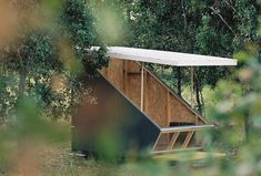 troup's micro-pod can be used as a protected sleeping area, a camping shelter, a stage or a meditation hut. The post portable tiny house 'the coop' provides adaptable shelter within Portable Tiny Houses, Portable Shelter, Portable House, Exterior Design, Interior And Exterior, Camping Shelters, Shelter Design, Kiosk Design, Small Buildings