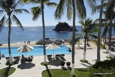 Dreams Huatulco. Perfect for weddings. There is something for everyone to do. Take a catamaran around the Rock, swim, snorkel. A great experience for kids
