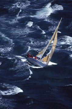 ♂ sailing baot ocean
