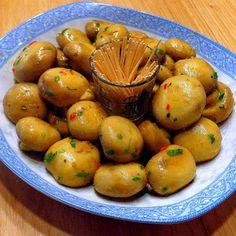 One Perfect Bite: Tapas - Champiñones al Aajillo (Chili Garlic Mushrooms)