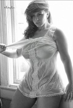 Veiled curves Big curvy plus size women are beautiful! fashion curves real women accept your body body consciousness