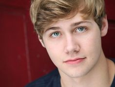 Oh lord he's the best characters on there. Love Finding Carter