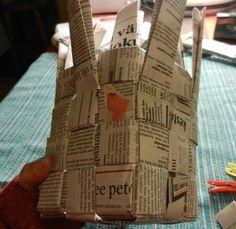 Neljä kudetta punottuna - napakka kori L Ramadan, Basket Weaving, Diy For Kids, Newspaper, Paper Art, Art Projects, Diy And Crafts, Things To Do, Recycling