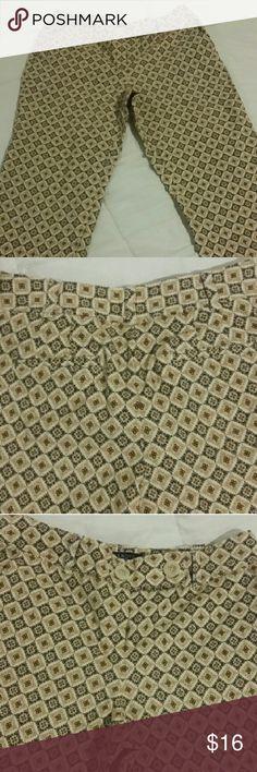 Capri pants Talbot's size 8p shades of brown Capri pants. Talbots Pants Capris