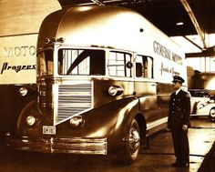 """1936 General Motors Futurliner ~ This looks more aerodynamic than most vehicles produced over the next 60 years. What happened? ~ Mik's Pics """"Trucks and Buses"""" board Cool Trucks, Big Trucks, Cool Cars, Us Cars, Sport Cars, Motorhome, Classic Trucks, Classic Cars, Automobile"""