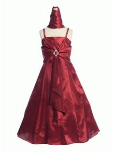 Dazzling satin dress with diamond shape rhinestoned accent to catch everyone's eyes