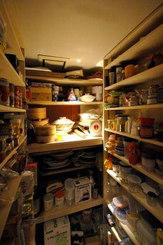 調理の巾が広がるキッチンパントリー - 建築家リフォーム | 家の時間 自分らしい住まいと暮らし見つけるウェブマガジン