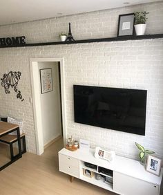 26 Ideas Home Wallpaper Brick Apartment Wallpaper, Home Wallpaper, Wallpaper Ideas, Home Living Room, Living Room Designs, Diy Apartment Decor, House Rooms, Small Apartments, Sweet Home