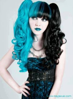 Turquoise and black hair - & hair, cute idea! Maybe just for a wig though, which is prolly what she's wearin Half And Half Hair, Split Dyed Hair, Coloured Hair, Grunge Hair, Dark Beauty, Gothic Beauty, Gothic Makeup, Mi Long, Pretty Hairstyles