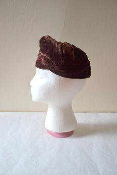 40s hat / 1940s velvet hat / brown hat by BreanneFaouzi on Etsy, $45.00