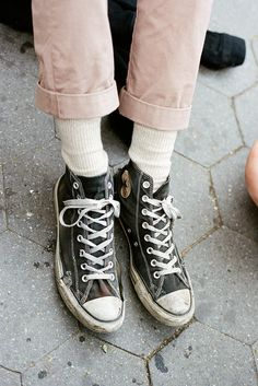 I love how the converse are kind of beat up, but are still being worn. I feel like they lend themselves to that.