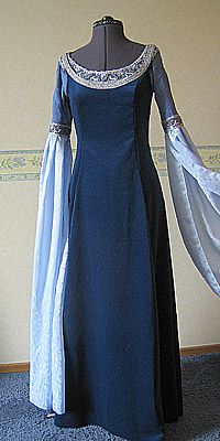 DawnDreams - The Age of Fantasy - Lotr Fantasy kostuum Arwen Requiem Dress
