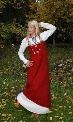 http://vikingdrakt.blogg.no/