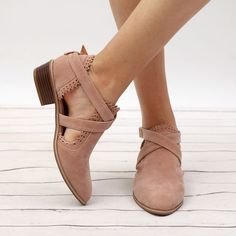 Fashionable booties are what you need in order to try out new looks while completing your summer fashion outfits and to give yourself a change in style that brings out the best in you. Summer Fashion Outfits, Fashion Shoes, Fasion, Strap Heels, Ankle Strap, Toe Shoes, Short Boots, Types Of Shoes, Women's Pumps