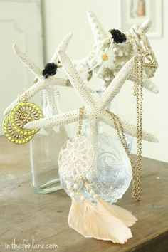 Jewelry storage that makes me think of your wedding!! @Melissa Haney ----from Life in the Fun Lane blog