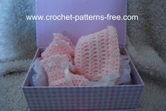 Free Crochet Patterns and Designs by LisaAuch: Free Easy Crochet Pattern for Basic Baby Booties a...