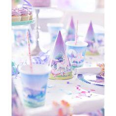I Lördags bjöd Liten in sina små vänner på kalas   #Liten6år #kalas #tårta #barnkalas #enhörning #enhörningskalas #unicorn #unicornparty #birthday #födelsedag #konfetti #confetti #cake #cupcakes