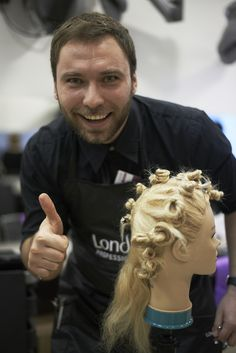 Training for hairstylists by Londa Professional Romania: creating HOT NEW hairstyles & looks! #londahappymoments #event #show #hairstylist #hair