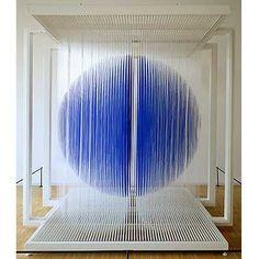 Sphère Bleue de Paris, 2000.