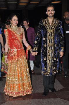 His coat - yum. Pakistani Bridal, Bridal Lehenga, Pakistani Dresses, Indian Bridal, Indian Dresses, Indian Outfits, Wedding Outfits For Groom, Bridal Outfits, Indian Attire