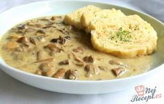 Jednoduché a přitom tak vynikající. Podávala jsem s knedlíkem ale klidně se k tomu hodí i bramborová kaše. Slovak Recipes, Czech Recipes, Hungarian Recipes, Ethnic Recipes, Vegetable Recipes, Vegetarian Recipes, Cooking Recipes, Mushroom Dish, Good Food