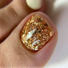 Pretty Nail Designs, Toe Nail Designs, Cute Nails, Pretty Nails, Glitter Toe Nails, Santa Nails, Beautiful Toes, Toe Nail Art, Toenails