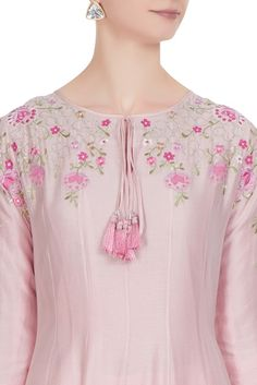 Buy Rose pink chanderi silk thread embroidered kurta set by Rajat & Shraddha at Aza Fashions Kurti Sleeves Design, Sleeves Designs For Dresses, Neck Designs For Suits, Kurta Neck Design, Silk Kurti Designs, Kurta Designs Women, Kurti Designs Party Wear, Blouse Designs, Embroidery Suits Punjabi