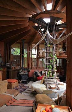 Arched Cabin, Yurt Living, Interior And Exterior, Interior Design, Yurt Interior, Simple Interior, Interior Livingroom, Interior Plants, French Interior