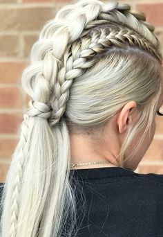 Best Ponytail Hairstyles - Easy High and Low Ponytails To Try * 2020 - Elegant Life Braided Mohawk Hairstyles, Box Braids Hairstyles, Winter Hairstyles, Cool Hairstyles, African Hairstyles, Mohawk Braid Updo, Long Hair Mohawk, Mohawk Braid Styles, Wedding Hairstyles