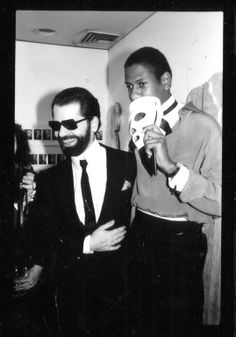 Karl Lagerfeld & André Leon Talley at Lajeski gallery. 1975.